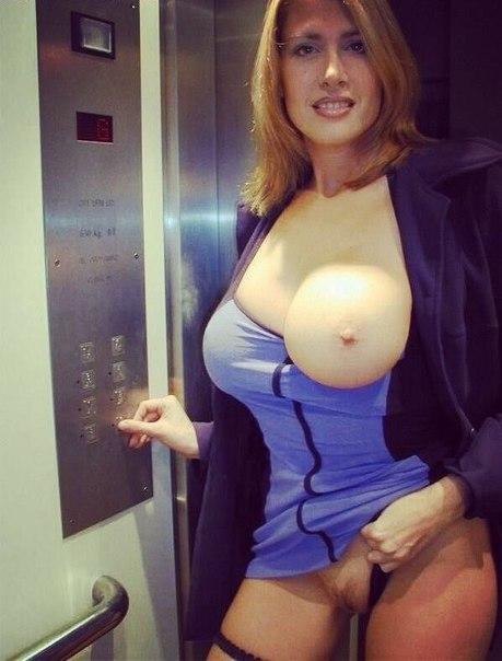 Телки демонстрируют большие сиськи и жопы на камеру - секс порно фото
